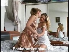 Grace&Joanna sweet anal lesbian action